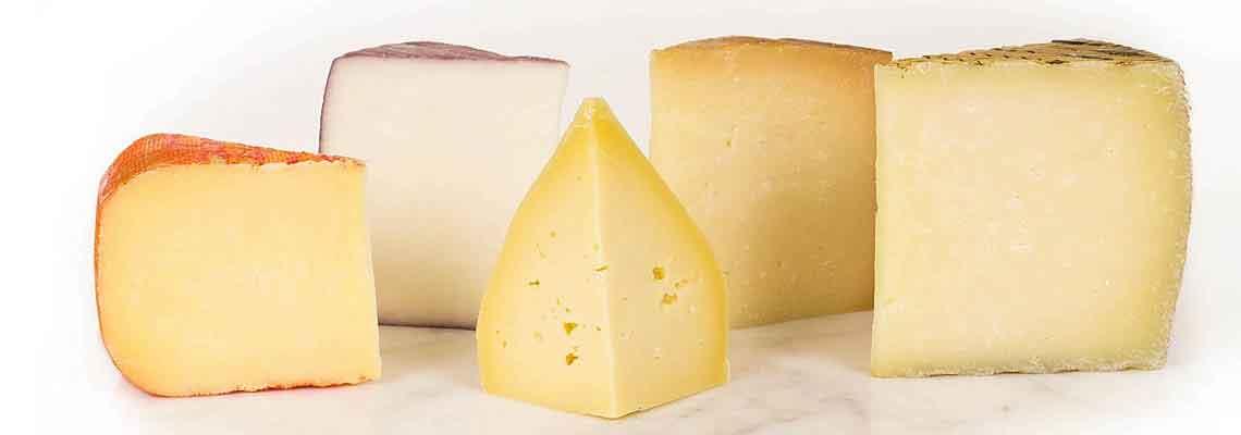Una amplia variedad de quesos